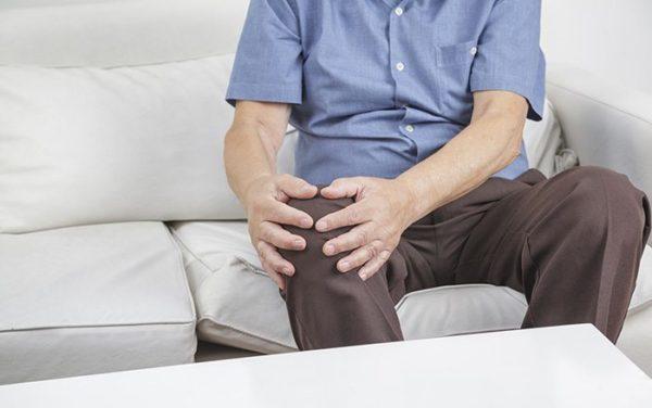 ألم مفصل الركبة